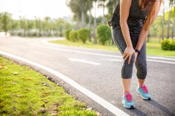 駒沢で走る女性