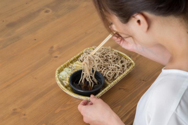 蕎麦 は 炭水化物 そばは炭水化物なのか?その含有量やカロリー、糖質など栄養を調査!