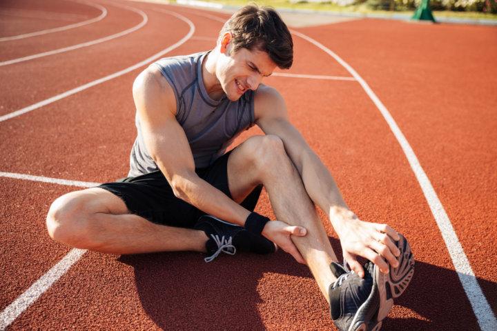 筋トレ中に『筋肉をつる』を予防する方法の画像