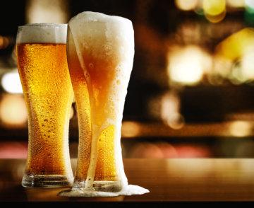 お酒とラーメンの関係の画像