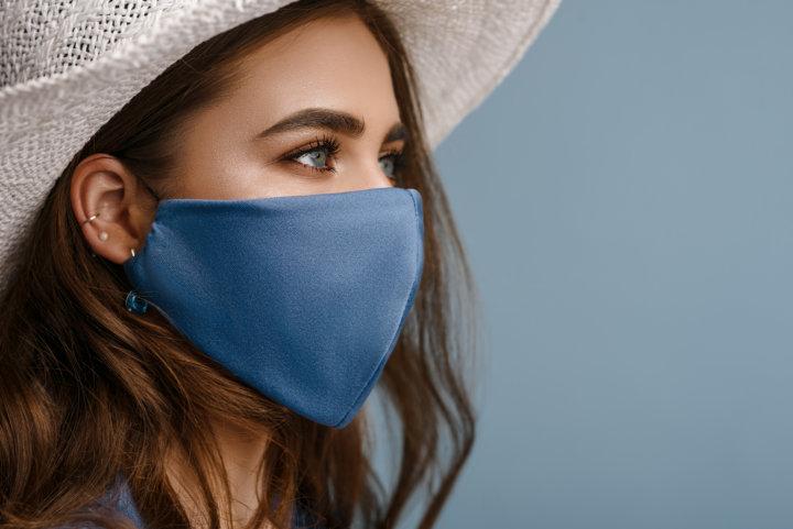 マスクって保湿されないの?気になる唇の乾燥対策(ダイエット専門駒沢大学パーソナル ジム)の画像