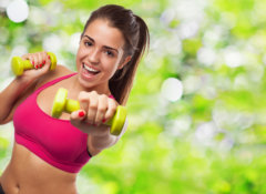 『筋トレで声を出すと力が出る?』腸内細菌の善玉菌を増やしてダイエット成功へ!