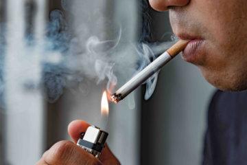 タバコとトレーニング(ダイエット専門曙橋パーソナルトレーニング ジム)の画像