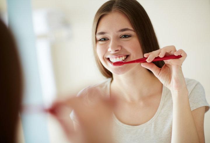 歯磨きから始まるダイエット(ダイエット専門駒沢大学パーソナルトレーニング ジム)の画像